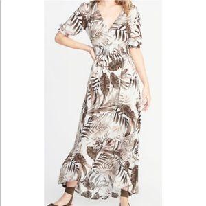 -- NWT Old navy botanical print dress Sz. XXL